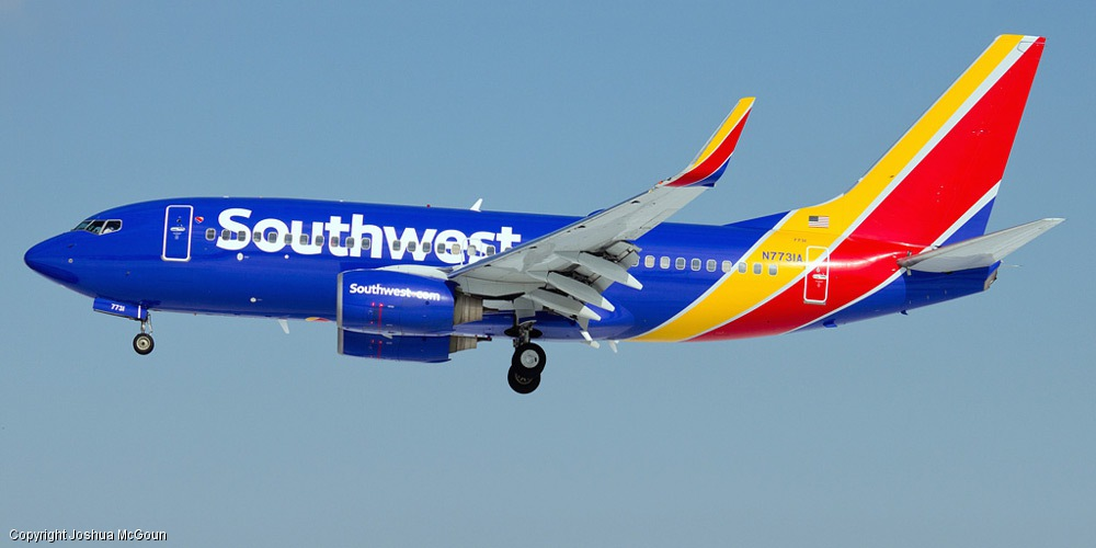 a review of southwest airlines Southwest airlines when i flew to las vegas on southwest airlines on tuesday, i had to do the same old routine of turning off my electronic devices.