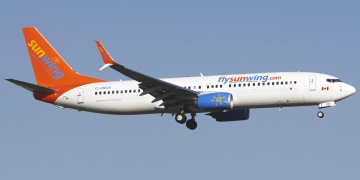 Sunwing Airlines. Airline code, web site, phone, reviews and opinions.