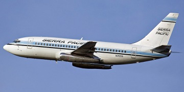 Boeing 737-200 - commercial aircraft. Pictures, specifications, reviews.