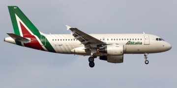 Alitalia. Airline code, web site, phone, reviews and opinions.